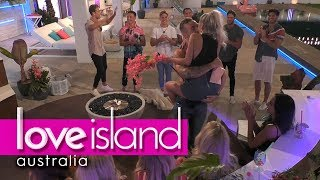 Eden's grand romantic gesture for Erin   Love Island Australia 2018