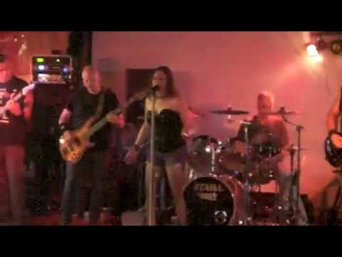 Keri & Almost Sober perform Heartbreaker at Silver Star Saloon Vancouver WA 09 03 2017