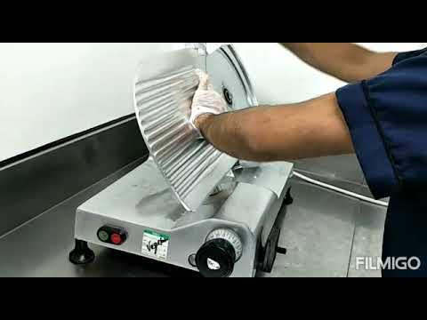 Step How to clean Slicer machine