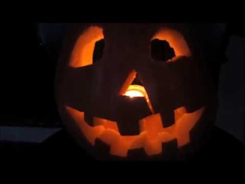 Halloween Movie Pumpkin 2018.Halloween Movie Pumpkin Carving Piano Cover Michael Myers Intro Remake Jack O Lantern