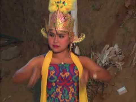 original mask dance ( tari topeng wonosobo ) from central java, indonesia 2