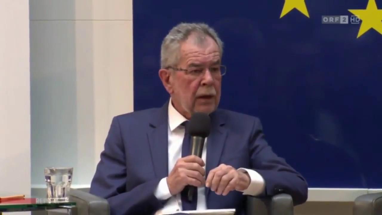 Bundespräsident Van der Bellen will Kopftuchpflicht als Zeichen der Solidarität