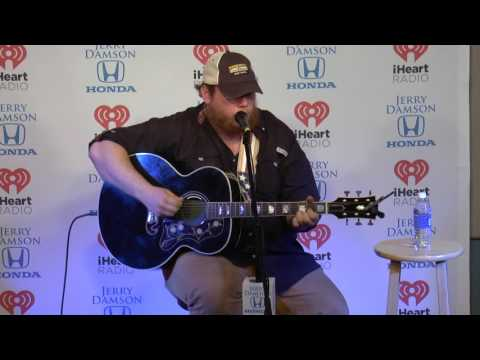 Luke Combs Sings I Got Away With You