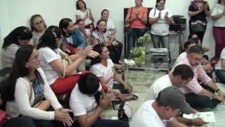 Em mobilização por reajuste salarial servidores foram recebidos no gabinete do prefeito de Limoeiro do Norte