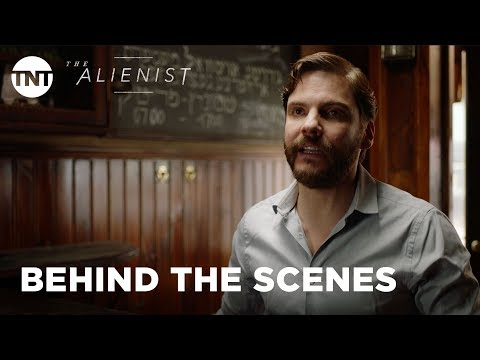 The Alienist: History of the Serial Killer with Daniel Brühl   TNT