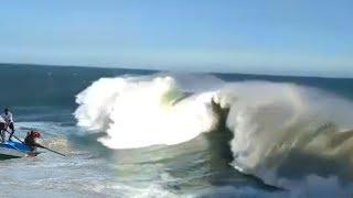 Download Video Ombak Pantai Selatan Semakin Mengamuk !! Kumpulan Ombak Besar Pantai Jogja Minggu ini MP3 3GP MP4
