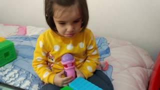 Zeynep'in Arkadaşı Oyuncağını Eve Götürmek İstedi