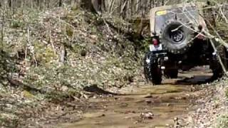 off roading with my h3 in Ohio.AVI