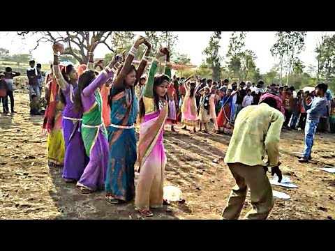 धीरी_धीरी_नाच_छोरी_घाघरो_हमाल_Female_Dance // Adivasi Songs // Arjun R Meda // Adivasi Dance