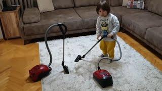 Fatih Selimin Oyuncak Miele marka kırmızı elektrik süpürgesi bosch süpürgemiz bozuldu yenisini aldık