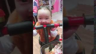 Chôm chôm đi xe đạp