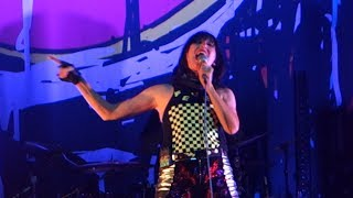 Yeah Yeah Yeahs - Gold Lion – Live in Oakland