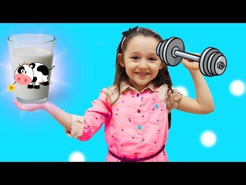 ÖYKÜ ÇOK GÜÇLÜ OLMAK İÇİN SPOR YAPTI become strong in GYM fun kid video