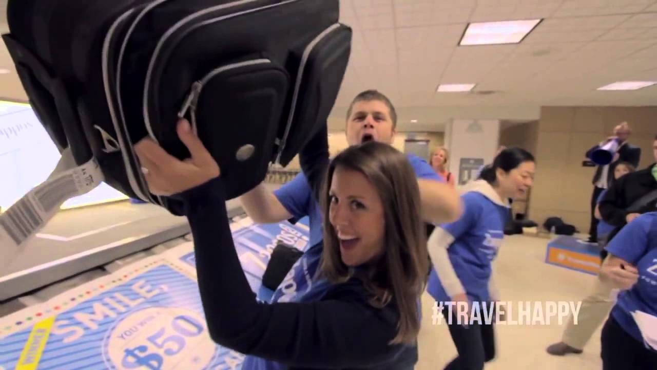 Zappos | Baggage Claim Game