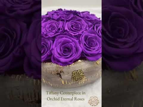 Christmas Table Centerpieces Flower Arrangements - Eternal Roses®