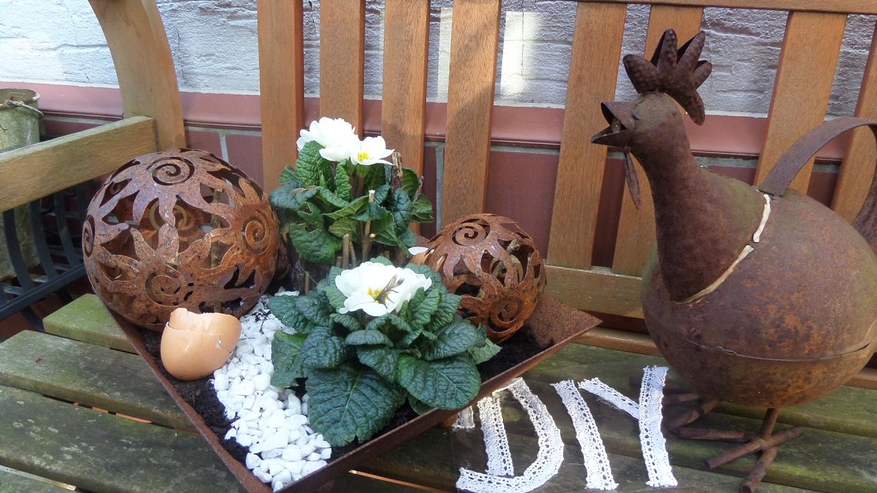 Diy Blumen Werkstatt Shabby Chic Blumen Deko Mit Edelrost Kugeln