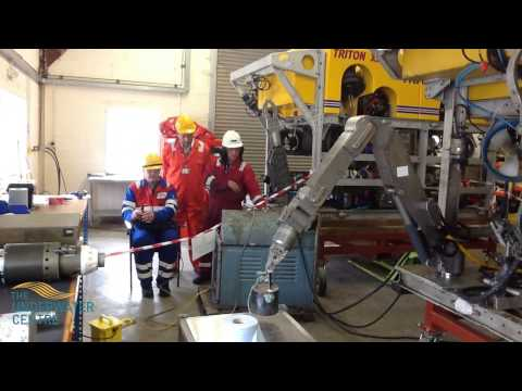 Work Class ROV TXL Simulator and Schilling T3 Manipulator Training
