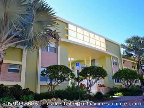 Top corner unit at waterfront Mimo condo - 350 S Shore Dr #6 Virtual Tour