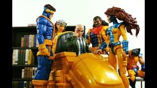 Hasbro Marvel Legends Ultimate Riders Professor X & Hover Chair vs Toybiz Professor X Overview