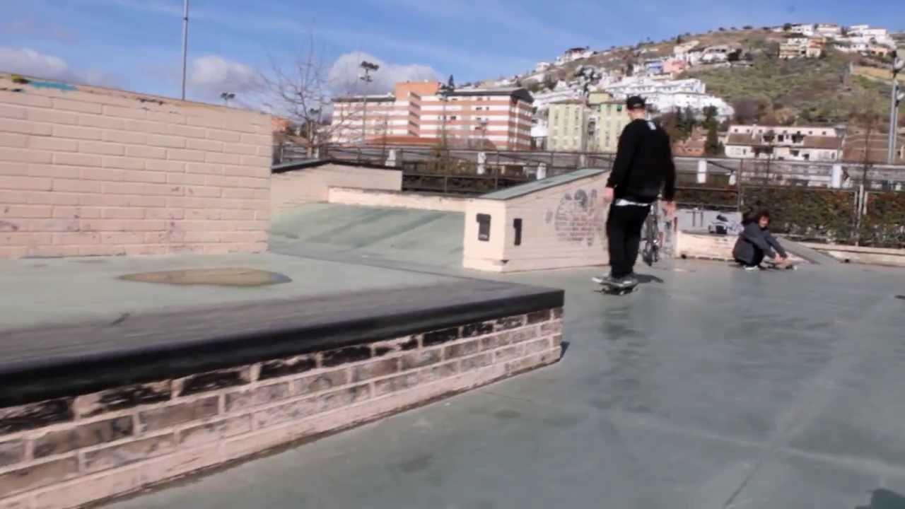 Granada bola de oro enero 2014 youtube for Piscina cubierta bola de oro granada