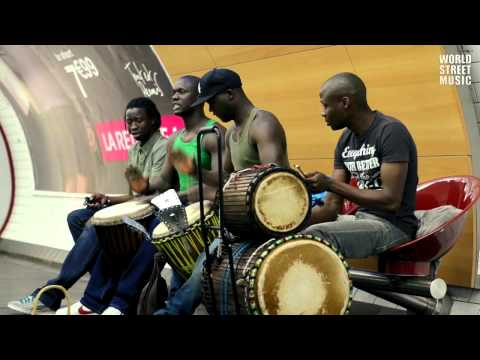 African Drummers playing Djembe drums in Paris Subway [HD]