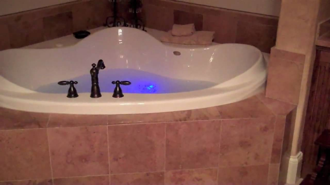 Chromatherapy Mood Light Bathtub - YouTube