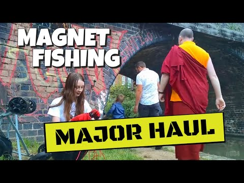 Magnet Fishing #004 Biggest Haul Yet and Another Large Item!
