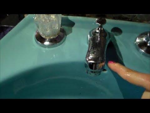 Como limpiar el ba o con vinagre bicarbonato y cocacola youtube - Como limpiar bano ...