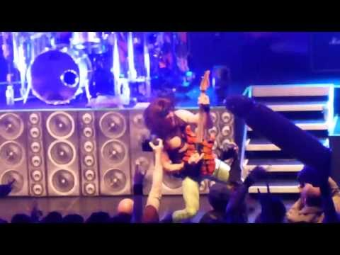STEEL PANTHER - Eyes Of A Panther [Amager bio, Copenhagen] (Valentine's Day 2014)