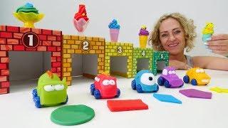 Spielzeugvideo für Kinder. Wir lernen die Formen und Farben.