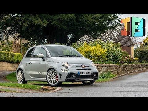 2019 Abarth 595 Essesse - FIRST IMPRESSIONS & REVIEW!