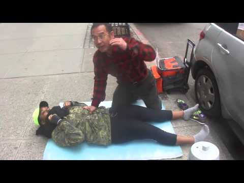 NYC Woman Street Massage by Luo Dong - 363