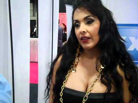 Nina Mercedez Interview, Exxxotica 2011