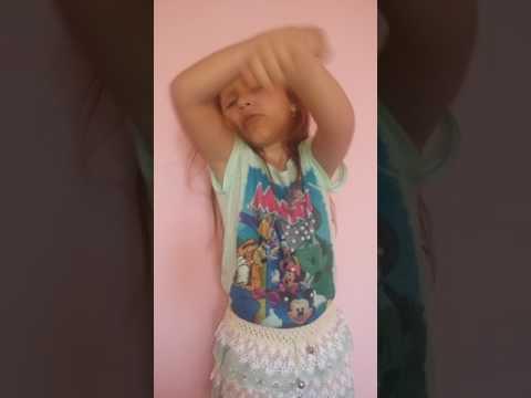 Deu Onda Mc G15 (Crianca Dançando) Sophia Felix 5 Anos