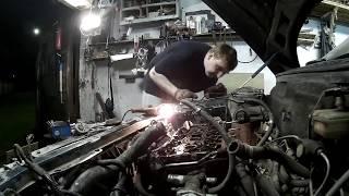 видео Порвался ремень ГРМ на ВАЗ 2112 1,5 16 клапанов