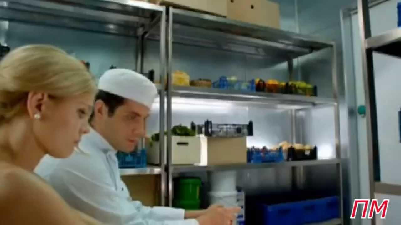 Макс и саша занимаются сексом кухня