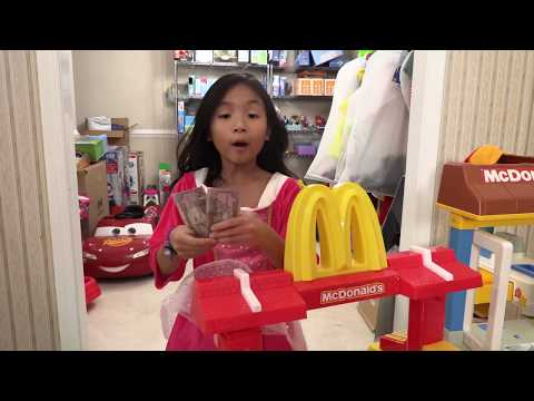 Pretend Play Mcdonalds Drive Thru with New Toys
