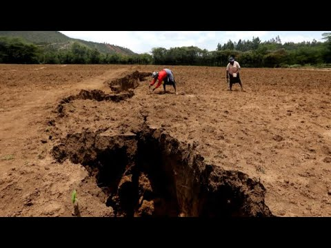 A giant crack appeared in the ground in Kenya, seemingly overnight