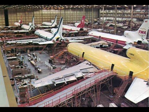 Court Line Lockheed L-1011 TriStar