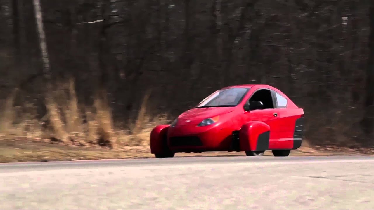Elio Motors Driving Video | AutoMotoTV