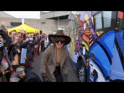Lady Gaga 'Doing Great' After Surgery, Finishing New Album 'ARTPOP'