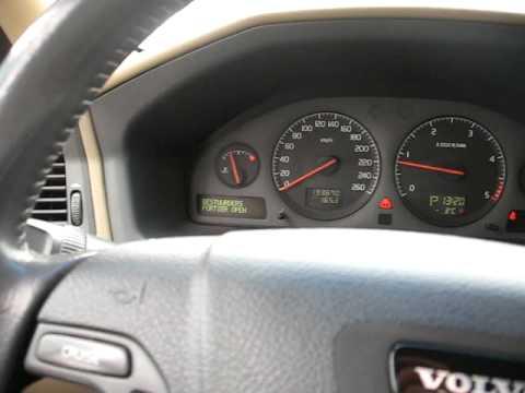 ogrzewanie postojowe w Volvo V70 D5 - YouTube