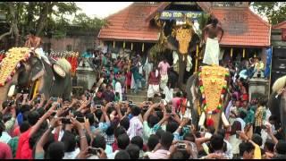 Thrikkadavoor Sivaraju at Aavaninchery Pooram 2015 -1