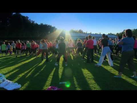 Dancing Waka Waka in Pargas, Finland (HD)