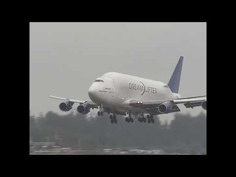 VIDEO   QANTAS 787 BUILD