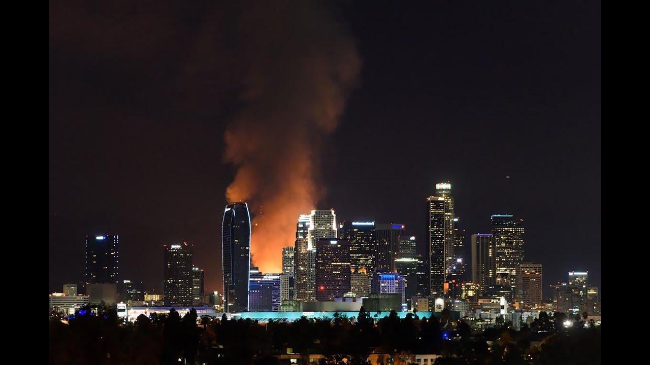 Los Angeles Fire 405 Freeway Skirball Fire Los Angeles Skirball