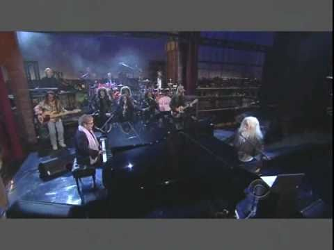 Elton John with Leon Russell on The David Letterman Show (2-09-11).avi