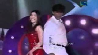 Shahrukh Khan & Karisma Kapoor - A Tribute to Kishore Kumar Concert (2001) Part 1