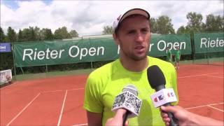 Uladzimir Ignatik po výhře ve finále na turnaji Futures v Ústí n. O.