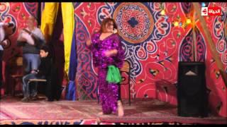 """مسلسل مولد وصاحبه غايب - """" فيفي عبده """" تستعيد أمجادها في الرقص الشرقي بذلك المشهد"""